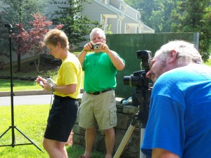 Aunt Lynn, Dad and Uncle Rick simultaneously taking photos